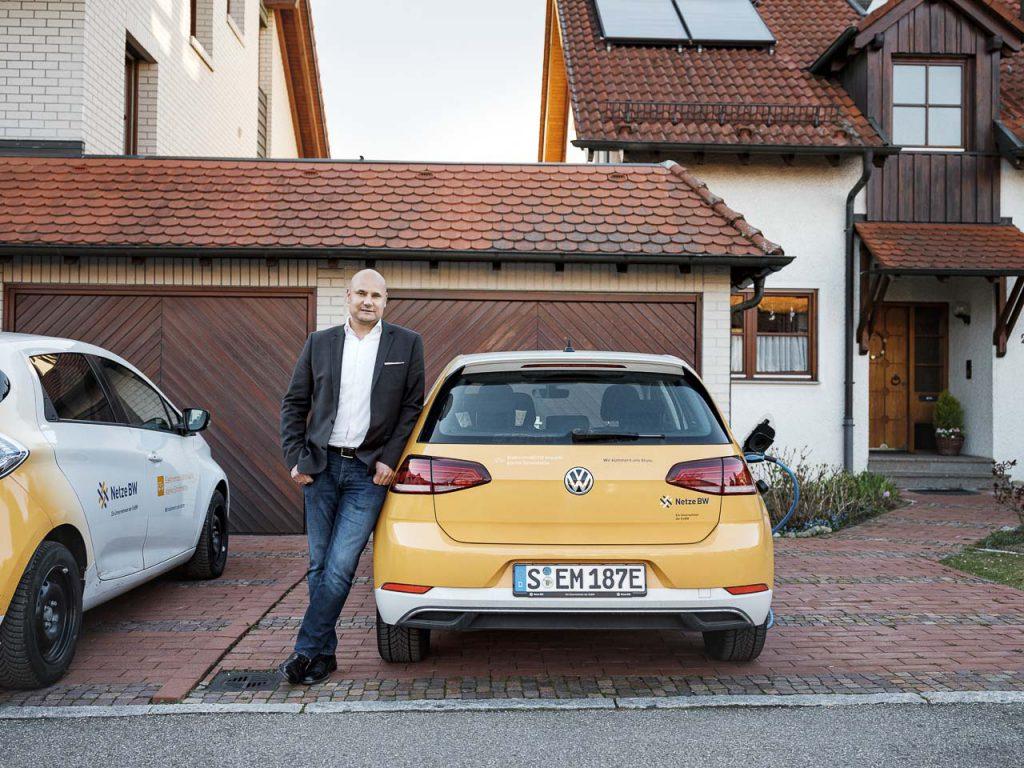 Pendeln geht auch elektrisch: Kristian Kobasic legt jeden Tag 30 Kilometer zur Arbeit zurück. Er habe die Vorzüge der Elektromobiltät kennengelernt, sagt er.